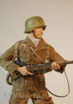 Duże zdjęcie Schütze ze 104. PzGren. Regiment- El Alamein.