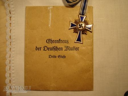 Duże zdjęcie Mutterkreuz 3.stufe in Bronze