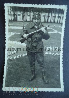 Zdjęcie żołnierza LWP z PPS wz.1943/52
