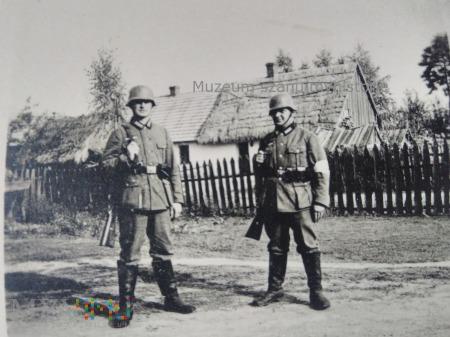 Wehrmacht w polskiej wiosce