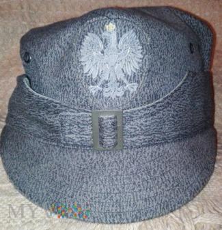 Rogatywka polowa policji wz. 71, orzeł w koronie