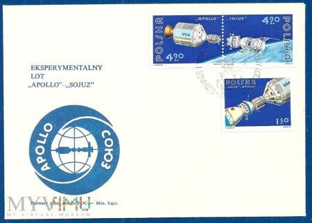 Eksperymentalny lot 'Apollo' - 'Sojuz'.30.6.1975.a
