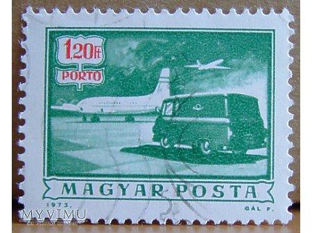 Furgonetka pocztowa na lotnisku, znaczek węgierski