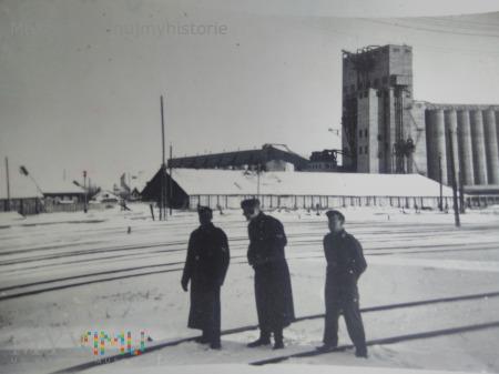 fabryka w Mariupol 1942