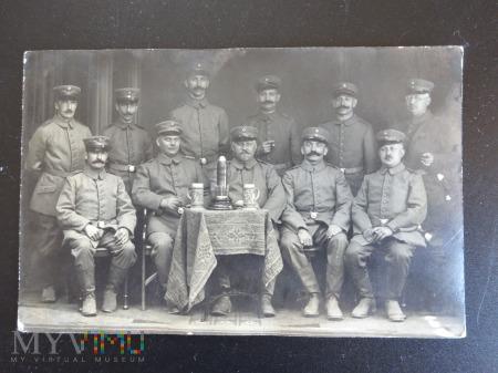 My oficerowie w 1917 i 1920