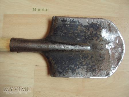 Sowiecka łopatka z pokrowcem