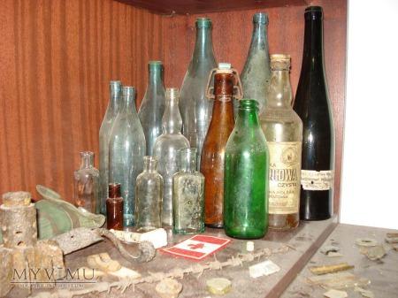 Butelki różnego typu