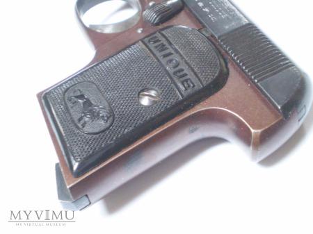 Pistolet UNIQUE kal. 6,35 mm