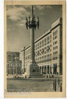 Duże zdjęcie W-wa - ul. Marszałkowska MDM - 1952