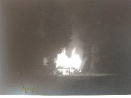 płonący dom 1939