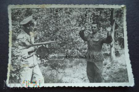 Zdjęcie żołnierza LWP z wz.1943/52.