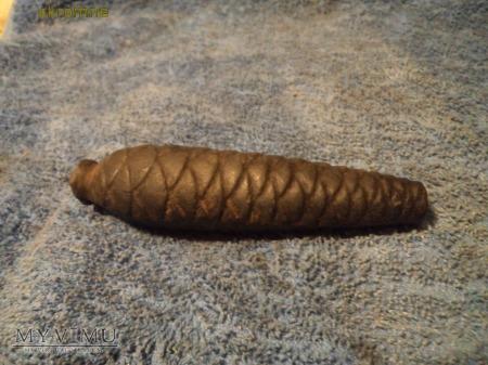 żeliwna szyszka