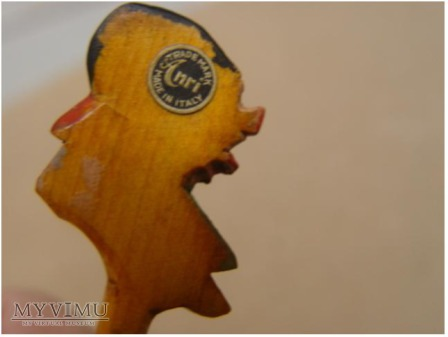 rzeźbiona ręcznie ozdobna łyżka , drewniana ANRI