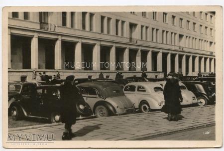 W-wa - budynek P.K.P.G. - 1953