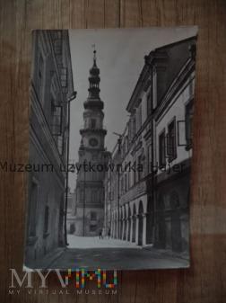 ZAMOŚĆ Ulica Ormiańska, w głębi ratusz