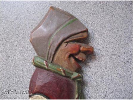 drewniany rzeżbiony nóż no otwierania listów