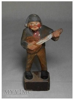 Anri muzyk grajacy na mandolinie
