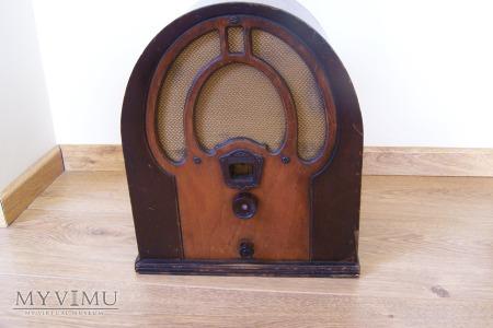 """Philco Model 80 """"Junior"""" Cathedral Radio"""