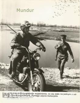 Zdjęcie propagandowe MSW: patrol WOP
