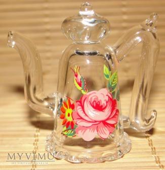 Naparstek szklany -czajniczek