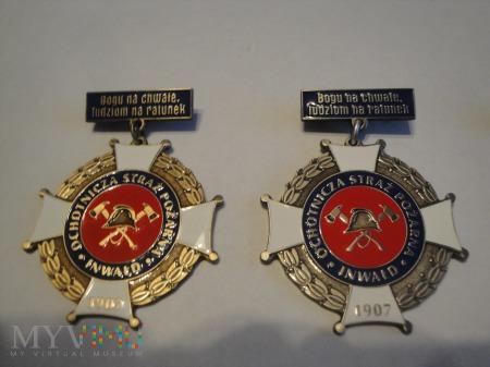 Odznaka Za Ofiarność