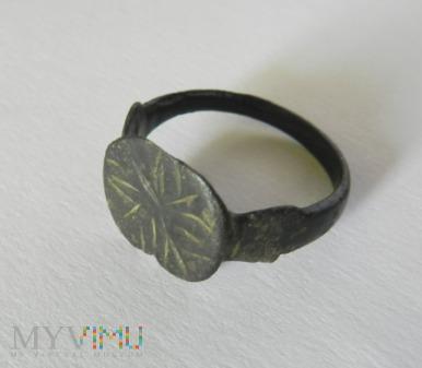 stary pierścionek