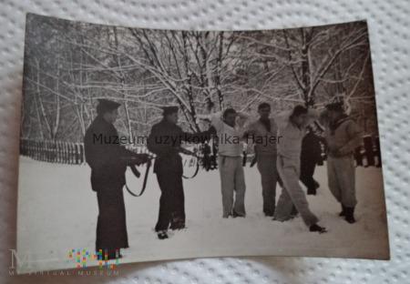 Duże zdjęcie Zdjęcie marynarzy Kałasznikow AKMS