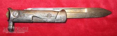 Włoski składany bagnet M-1938 (pierwsza wersja).