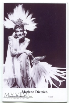 Marlene Dietrich Swiftsure Postcards 17/33