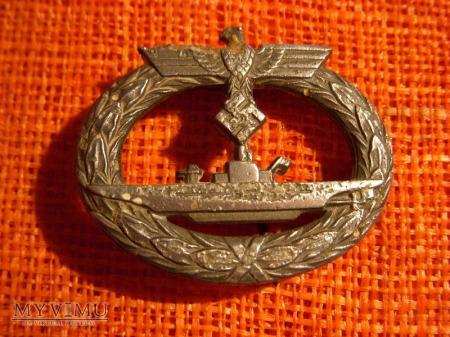 Za służbę na okrętach....