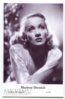 Marlene Dietrich Swiftsure Postcards 17/34