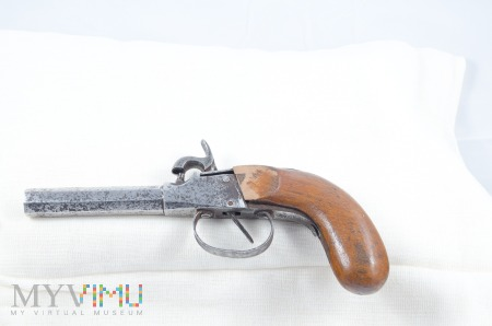Pistolet kapiszonowy 3