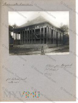 Hlewin - lamus w majątku Świdów d. klasztor