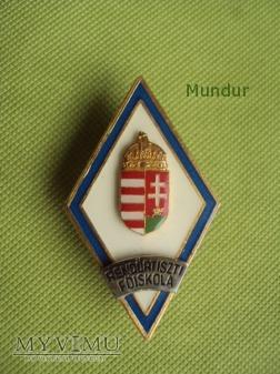 Węgierska absolwętka Rendőrtiszti Főiskola