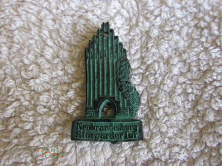 Zabytkowe bramy-Kwhw Neubrandenburg Stargarder Tor