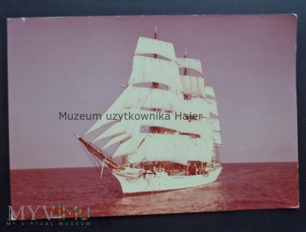 """ Dar Pomorza "" Statek szkolny"