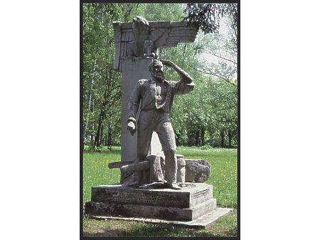 Pomniki Komorowa - major Walerian Łukasiński