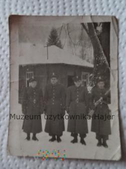 Zdjęcie żołnierzy LWP z PPSz-41 Szpagina