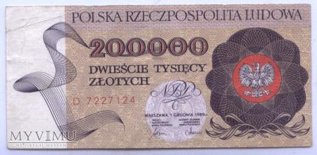 200 000 złotych - 1989.