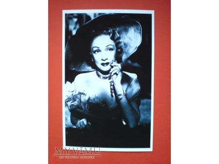Marlene Dietrich Pocztówka Chiny 2011 n.16