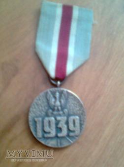 Medal pamiątkowy za wojnę obronną