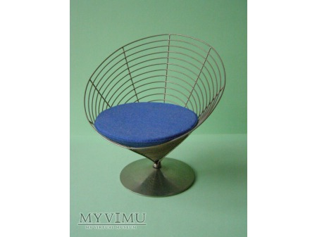 SI 08 Wire Cone Chair