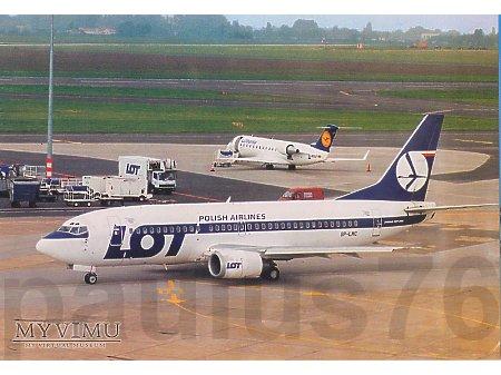 Boeing 737-36N, SP-LMC