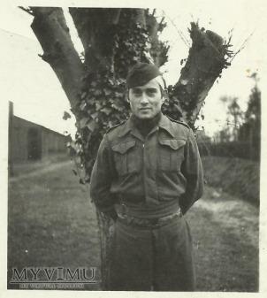 Niemiecki żołnierz w niewoli?