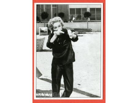 Marlene Dietrich Monte Carlo Story strzelba