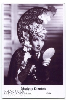 Marlene Dietrich Swiftsure Postcards 17/21