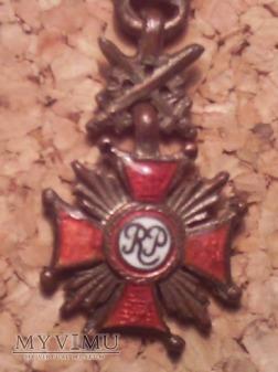 Miniaturka srebrnego Krzyża zasługi z mieczami