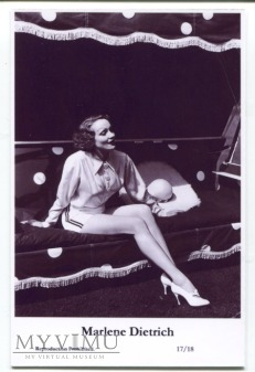 Marlene Dietrich Swiftsure Postcards 17/18