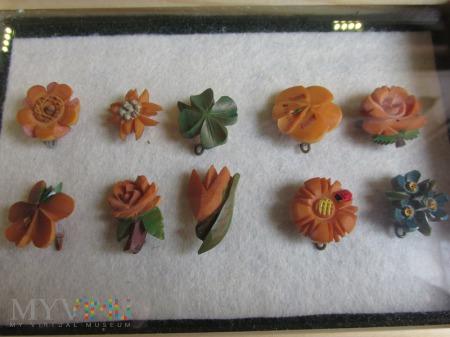 Kwiaty z sztucznej zywicy-WHW