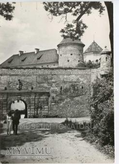 Pieskowa Skała brama zewnętrzna - 1974 r.